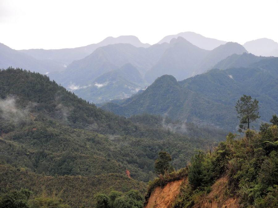 Горы Сулавеси