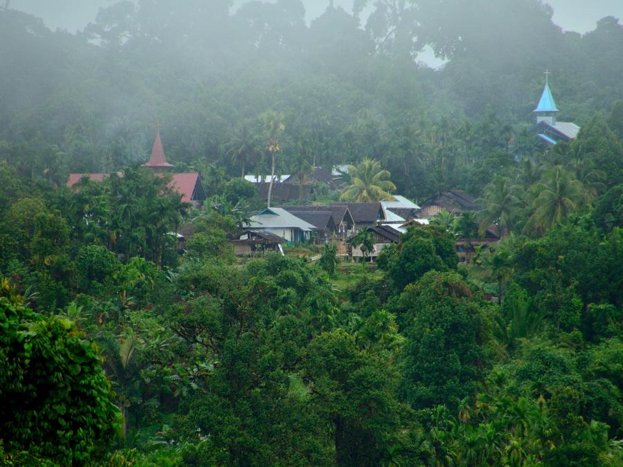 Деревня на острове Сиберут
